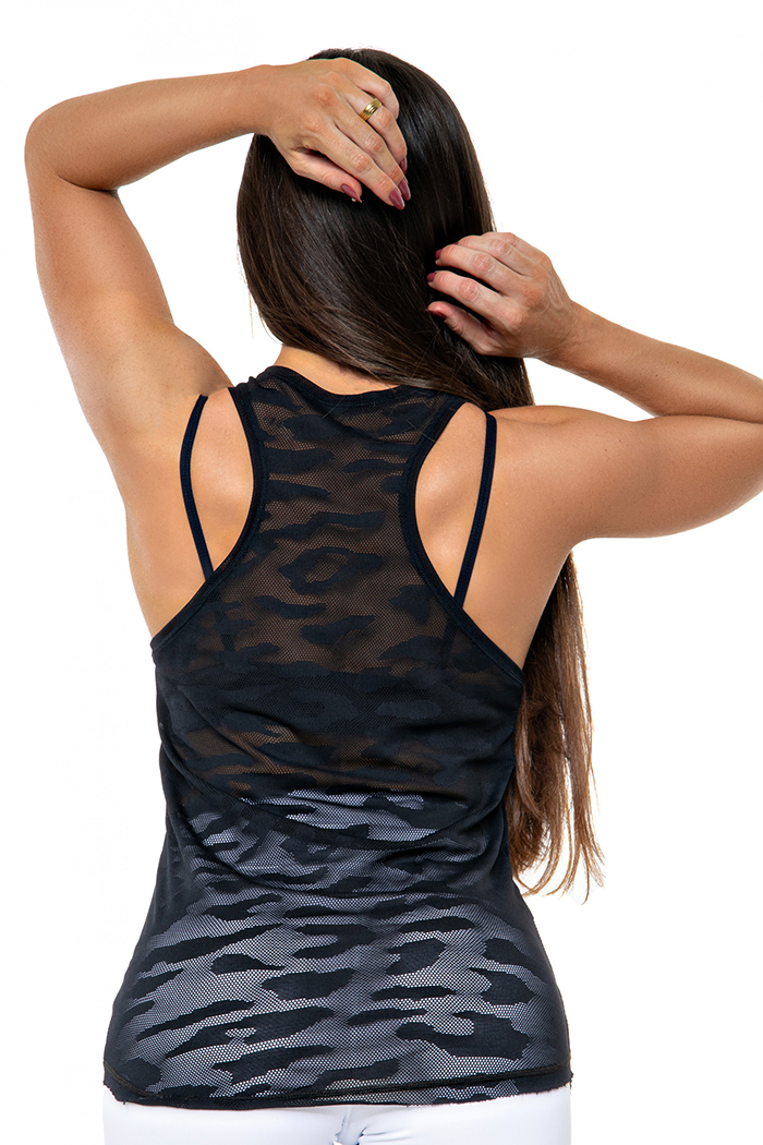 workout clothing top